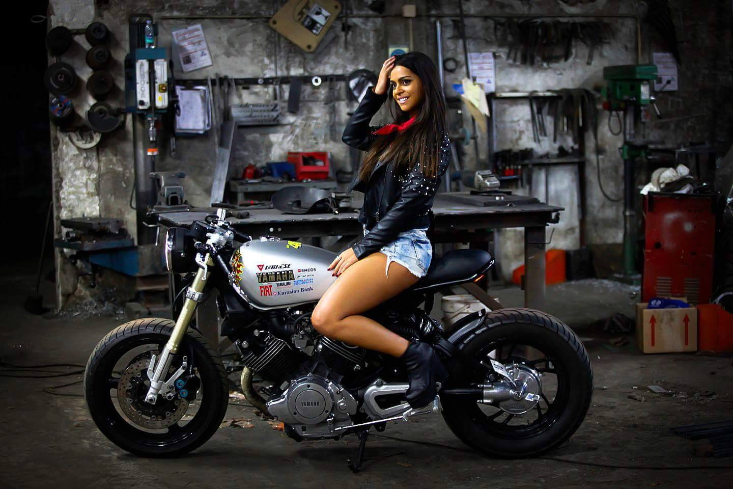 Female Cafe Racers