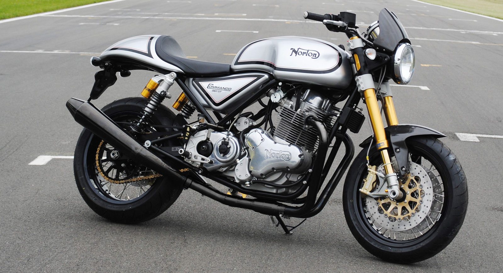 7 Norton Commando 961 2006