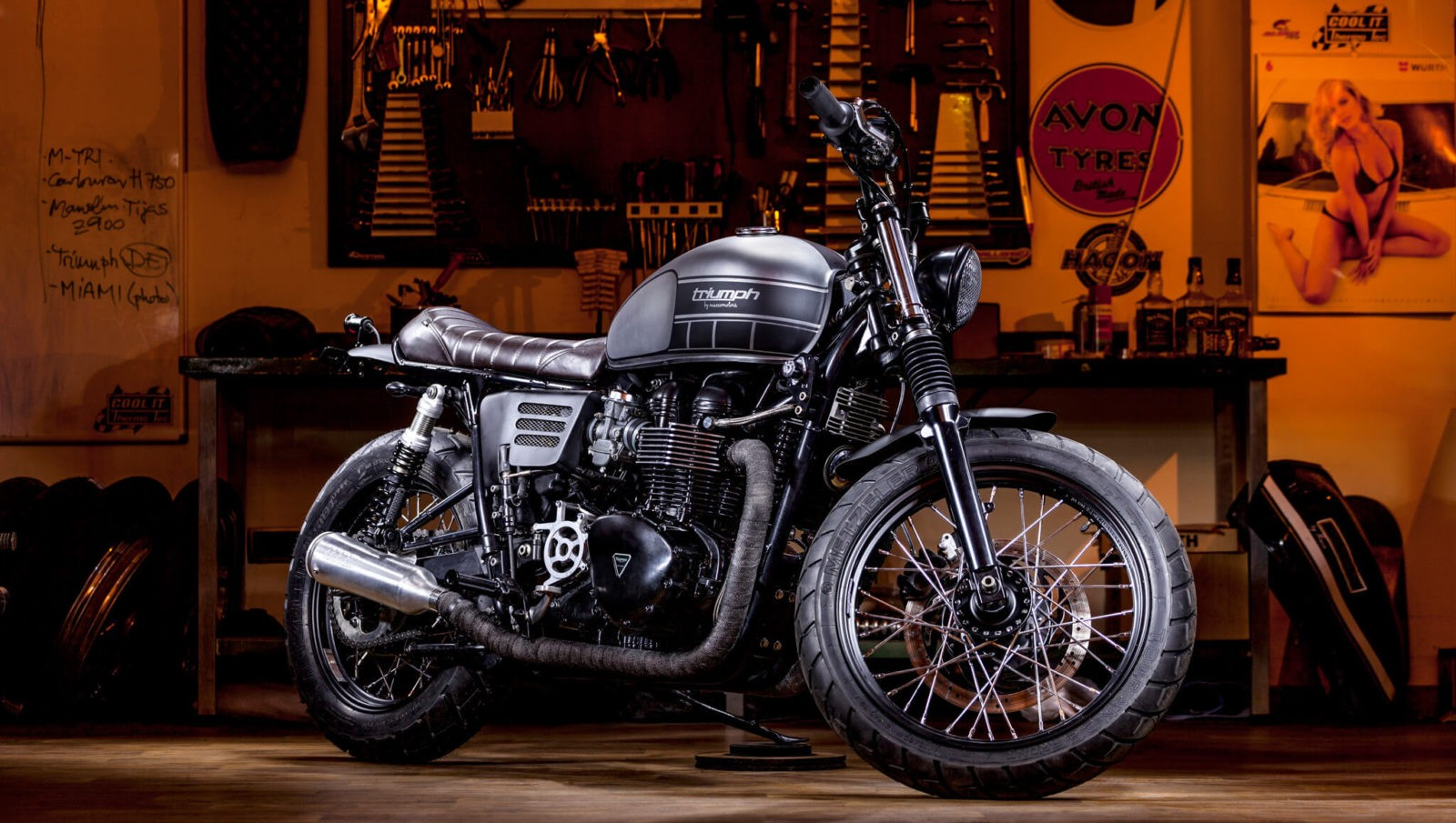 Triumph T100 Bonneville by Macco Motors