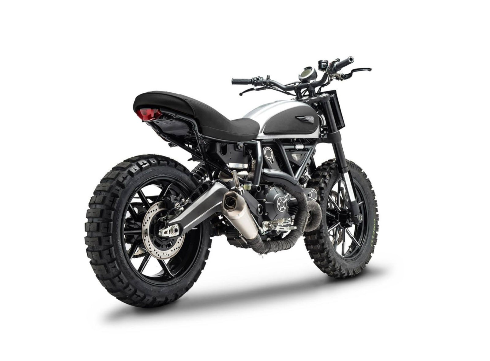 Scrambler dirt tracker