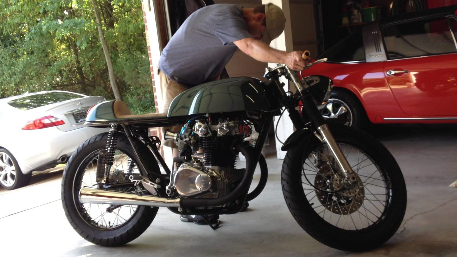 buying a café racer - comprehensive guide | bikebrewers