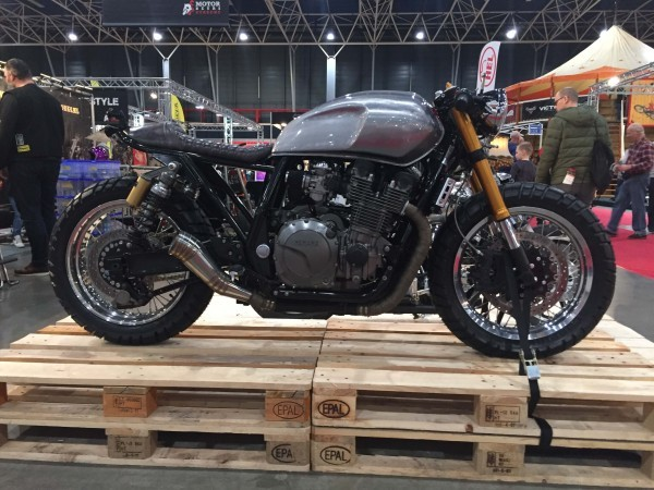 Custom Yamaha Cafe