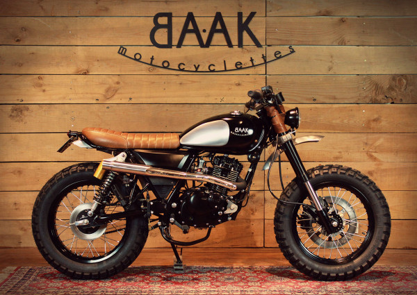 mash 125 scrambler by baak motorcycles. Black Bedroom Furniture Sets. Home Design Ideas