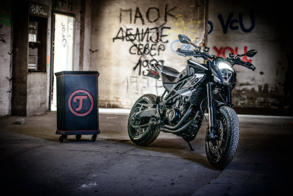 Husqvarna Nuda 900R Supermoto by TripleSpeed