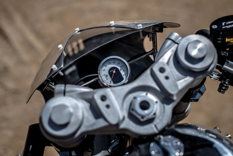 BMW R100RS Silver Bullet 1