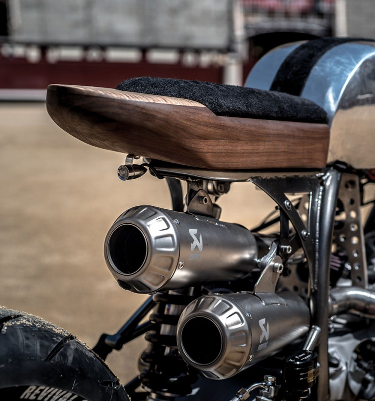 BMW R100RS Silver Bullet 21