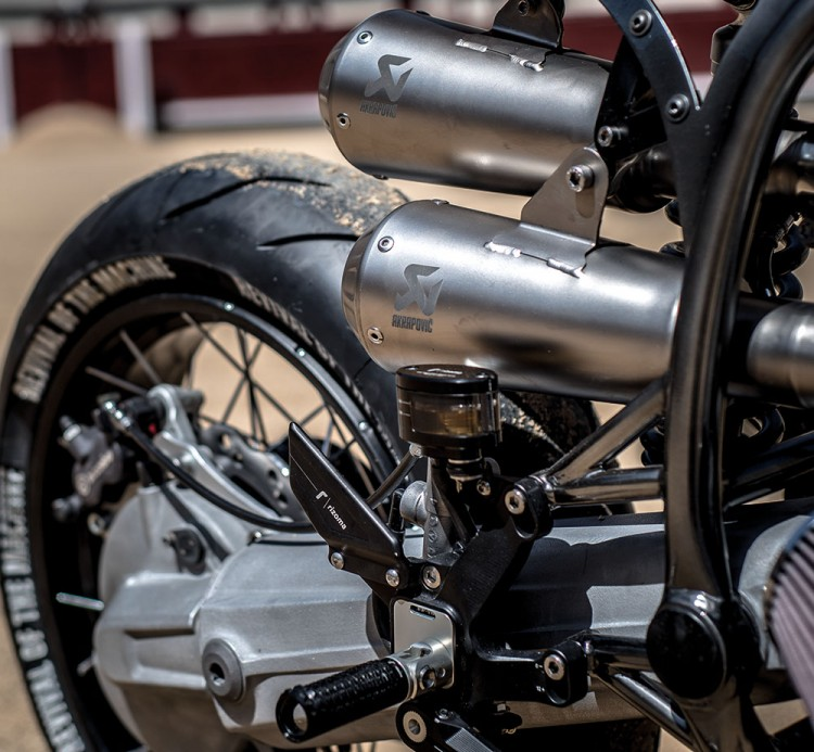 BMW R100RS Silver Bullet 22