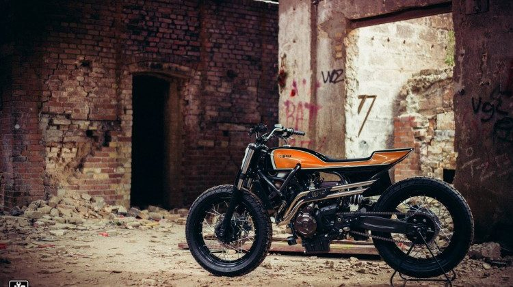 Yamaha XSR700 Flat Tracker by Jigsaw Customs