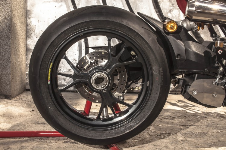 Ducati Monster 1200R by XTR Pepo (3)